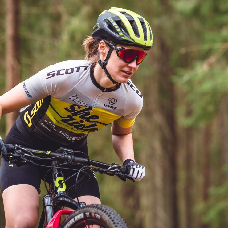 Sara Oberg and Ingrid Kjellström Elite XC MTB riders for Team She Rides training in Ulrhicehamn, April 2019